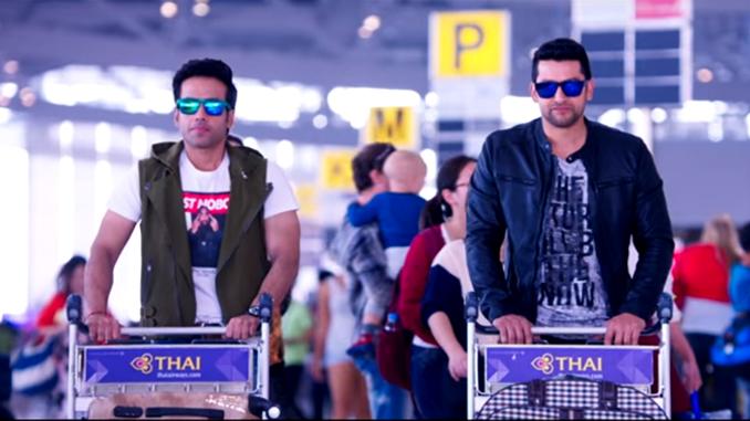 Tusshar Kapoor and Aftab Shivdasani in Kyaa Kool Hai Hum 3