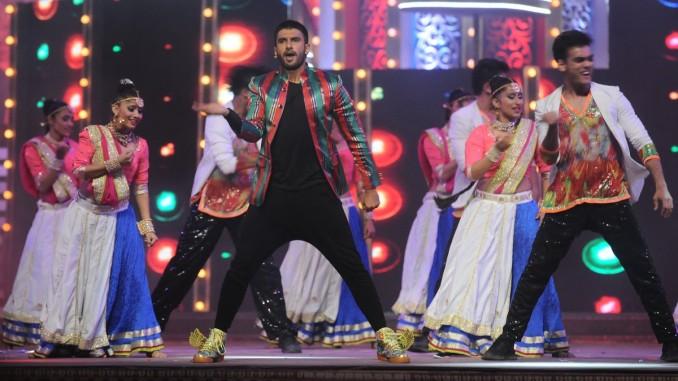 Ranveer Singh Performing