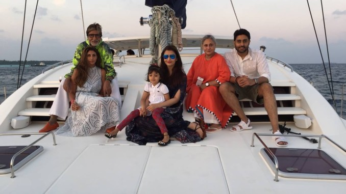 Bachchan Family: Amitabh, Shweta, Aishwarya Rai, Aaradhya, Jaya and Abhishek. Image Courtesy: Facebook