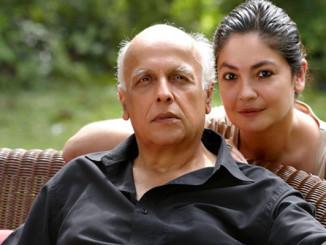 Mahesh Bhatt and Pooja Bhatt