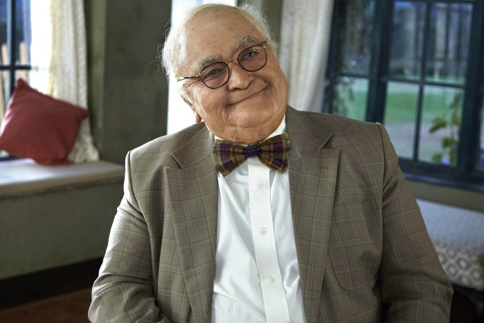 Rishi Kapoor as old man in Kapoor & Sons