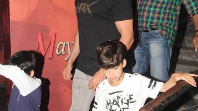 Hrithik Roshan with Hridhaan and Hrehaan