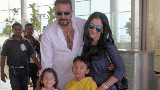 Sanjay Dutt, Manyata with kids Shahraan and Iqra