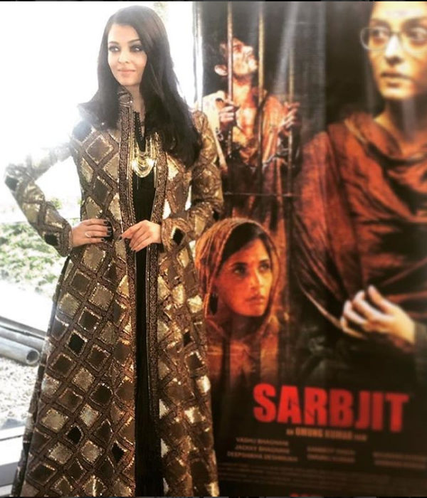 Aishwarya at Sarbjit press conference in Cannes. Image Courtesy: Instagram