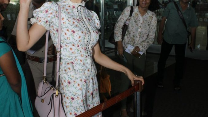 Kangana Ranaut clicked at the airport