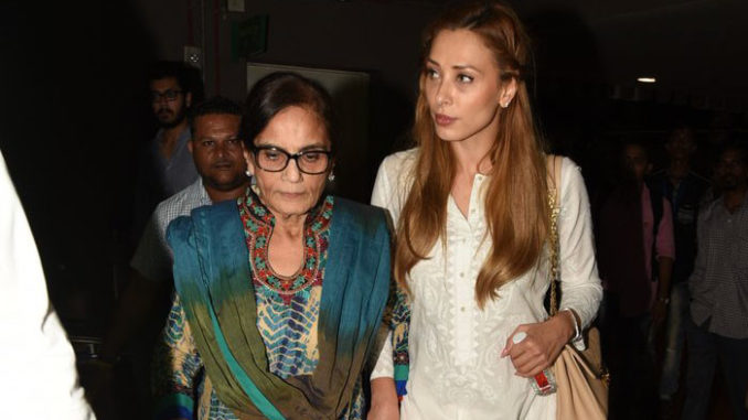 Salma Khan with Iulia Vantur