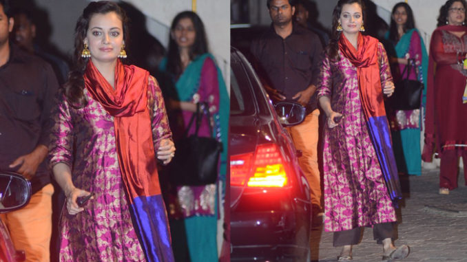 Dia Mirza clicked outside Salman Khan's residence in Bandra