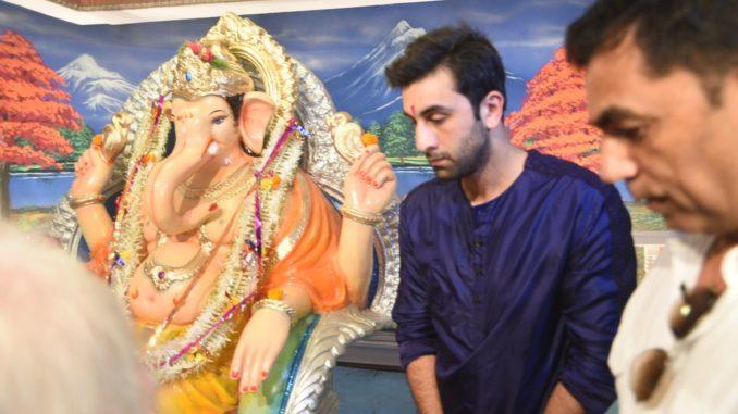 Ranbir Kapoor attends Ganpati pooja at RK Studio