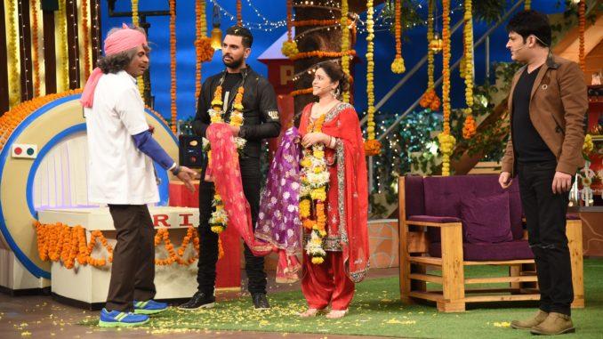 Sunil Grover, Yuvraj Singh, Sumona Chakravarti
