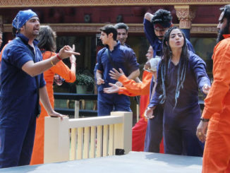 Celebrities and Indiawale indulge in a war of words during the laundry task