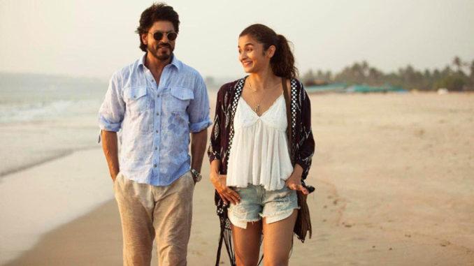 Shah Rukh Khan, Alia Bhatt in Dear Zindagi