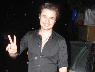 Ali Zafar at Dear Zindagi bash