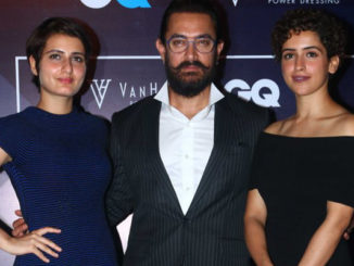 Aamir Khan with his onscreen daughters in Dangal, Sanya Malhotra and Fatima Sana Shaikh