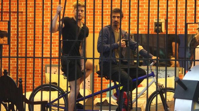 Jason, Rahul take up the cycling task