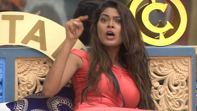 Lopa gets into an argument with Priyanka