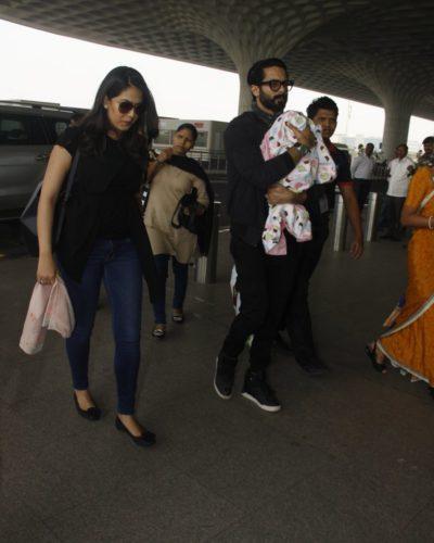 Mira Rajput, Shahid Kapoor with baby Misha