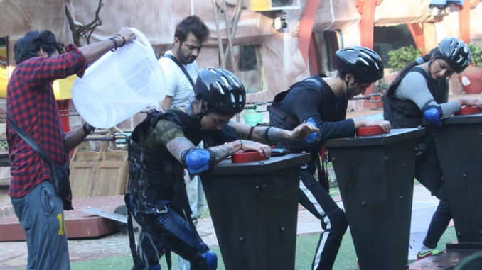 Bigg Boss 10 contestants perform the task