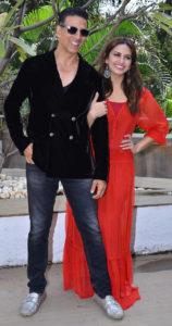 Akshay Kumar with co-star Huma Qureshi during Jolly LLB 2 promotions