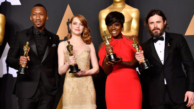 Actor in a Supporting Role Mahershala Ali, Actress in a Leading Role Emma Stone, Actress in a Supporting Role Viola Davis and Actor in a Leading Role Casey Affleck pose in the press room during the 89th Academy Awards