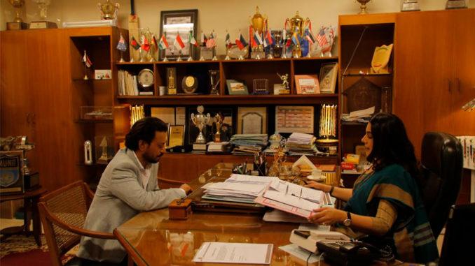 Irrfan Khan and Amrita Singh in Hindi Medium