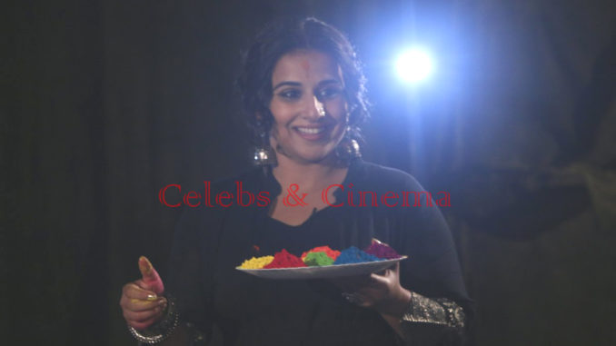 Vidya Balan celebrates Holi during Begum Jaan promotions