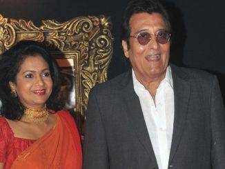 Vinod Khanna with wife Kavita Khanna