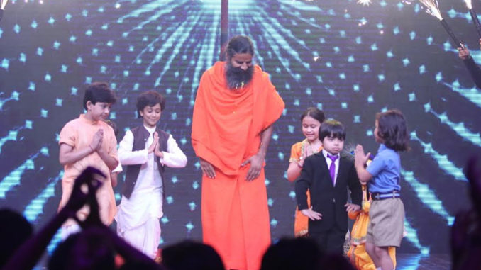 Baba Ramdev with the contestants on Sabse Bada Kalakar