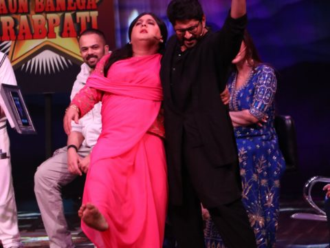 Ali Asgar Shakes a leg with Arshad Warsi on The Drama Company