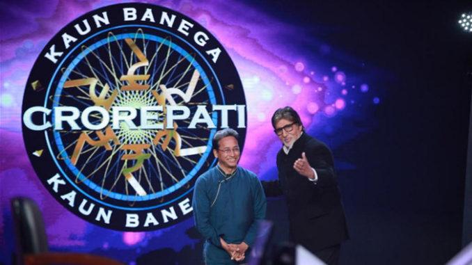 Sonam Wangchuk with Amitabh Bachchan on Kaun Banega Crorepati season 9