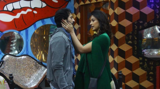 Gauri meets Hiten in the Bigg Boss house