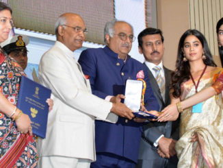 Boney Kapoor, Janhvi and Khushi accept the National Award on behalf of late actress Sridevi from President Kovind